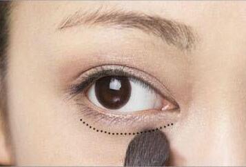 9款大眼妆画法详细教学 无辜大眼妆画法图解图