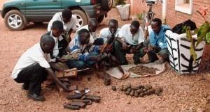 Abgabe-von-Waffen-Burundi-Mi-Parec