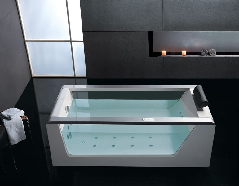 Luxury Clear Whirlpool Hot Tub