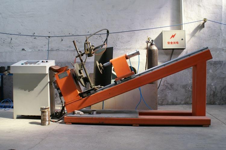 全自动氩弧焊机
