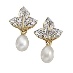 Pearl trinkets
