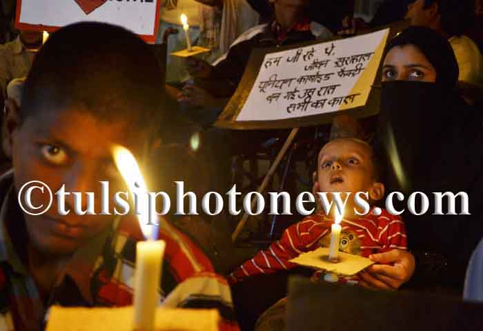 Bhopal gas disaster victims protest