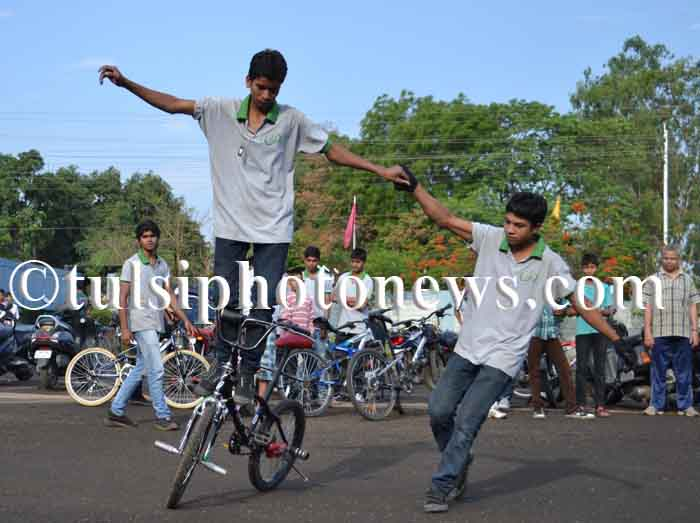 bicycle stunt in Bhopal