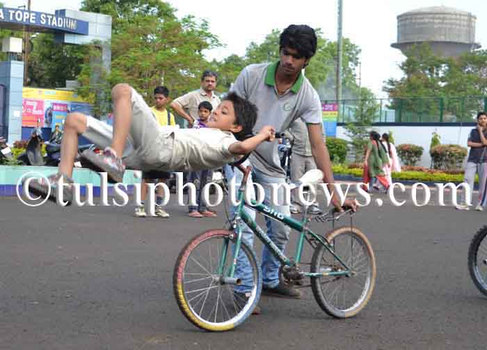 bicycle stunt in Bhopal 1
