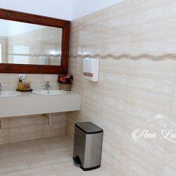 Quinta-Villa-Ana-Lucia-baños-mujeres-2
