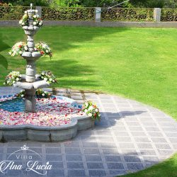 decoracion-pileta-flores-quinta-quito-capilla-boda-galeria-villa-ana-lucia-decoracion-