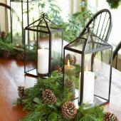 Christmas centerpiece ideas: lantern