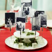 Christmas centerpiece ideas: old photos