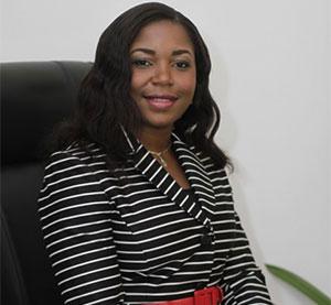 Pastor Naomi imiemohon