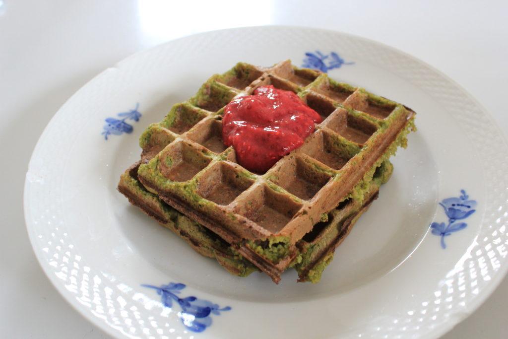 healthy spinach waffles