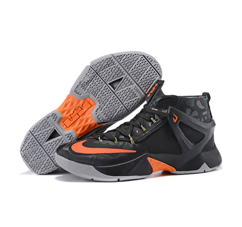 Nike Lebron James 13 Basketball Shoes Gray Black