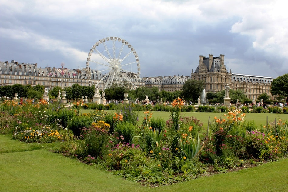 Jardin des Tuileries - excellent place in Paris