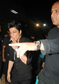 Shahrukh Khan bad hebit image