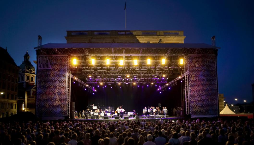 Hovedscenen i Kungsträdgården. Foto www.kulturfestivalen.stockholm.se/ Creative Commons