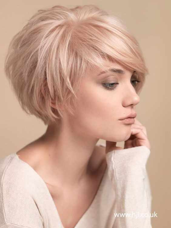 14 New Short Hairstyle Pictures Front and Back