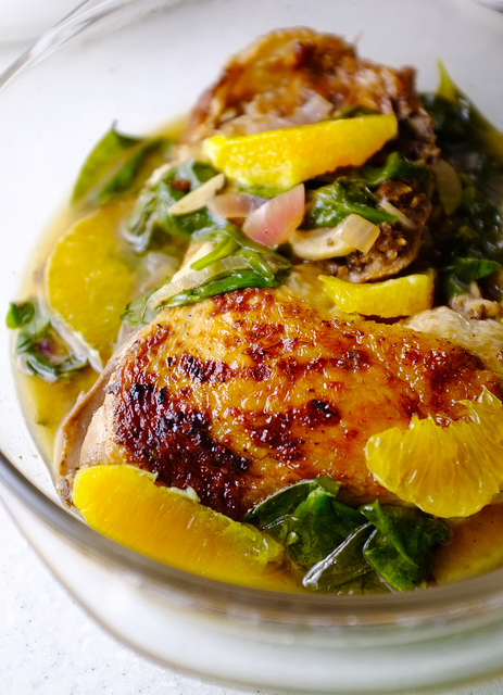 cane vinegar chicken with onions, oranges and spinach