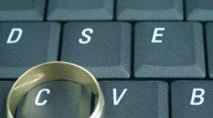 Investigação de traição na Internet