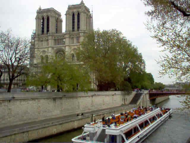 Notre Dame desde puente sobre Sena