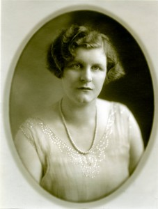 Evelyn Kendall ca. 1927