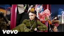 Grimes 'Kill V. Maim' music video