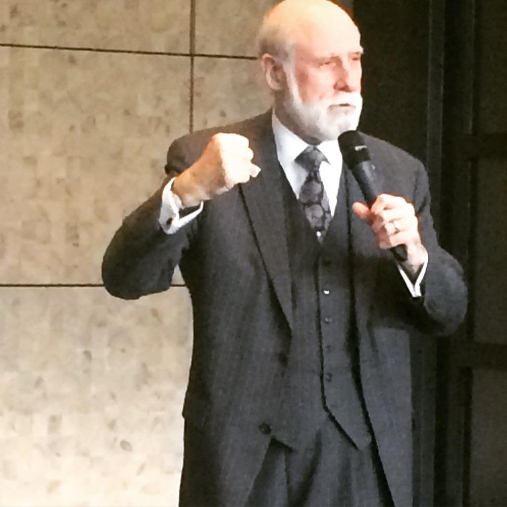 Google's Vint Cerf encouraging participants of the GCCS-unplugged #DiploHack #gccsu15 http://t.co/rVWxRJnqxh