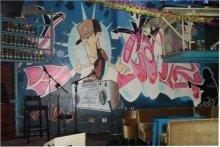 酒吧墙绘图片