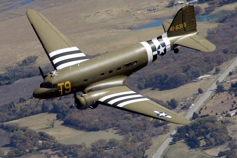 C-47_T9_Southern_Cross_by_DSimonsen