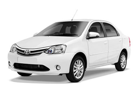 Luxury Car Rental in Delhi for India Tour