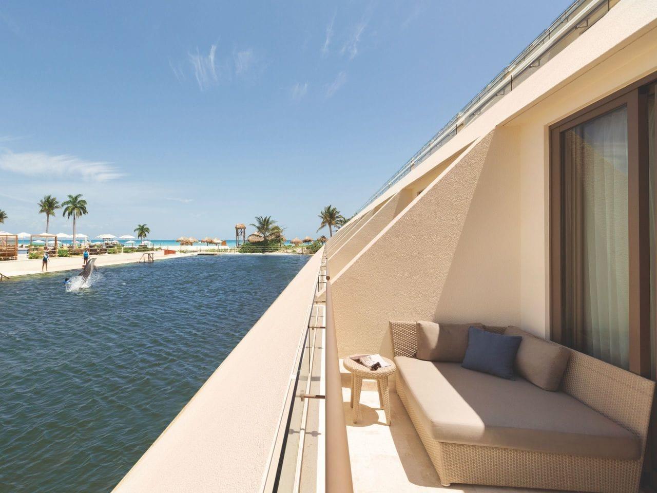 Dolphin View Master Room Balcony