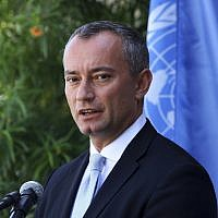 United Nations Special Coordinator for the Middle East Peace Process Nickolay Mladenov at a press conference at the (UNSCO) offices in Gaza City, September 25, 2017. (Adel Hana/AP)