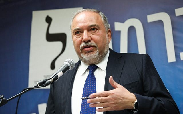 Yisrael Beytenu chairman Avigdor Liberman leads a party faction meeting at the Knesset on May 13, 2019 (Noam Revkin Fenton/Flash90)