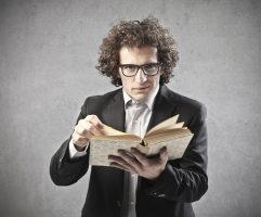 The Blogger's Guide to Telling Stories That Win Hearts and Minds