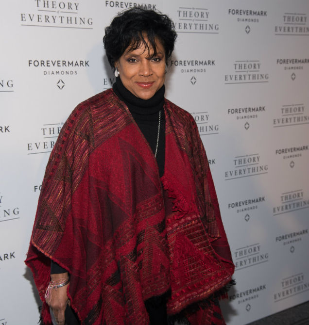 Phylicia Rashad on Cosby: 'Forget These Women' Was a Misquote