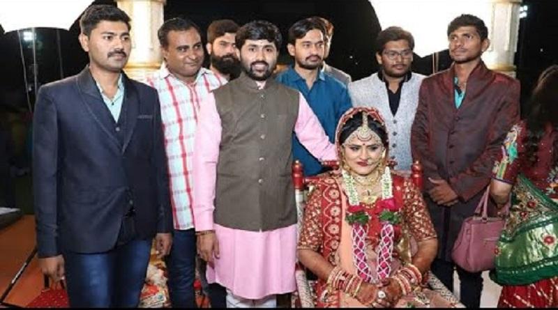 jugnesh dada with family