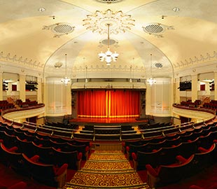 Adult Theatre Classes at the Bournemouth Pavilion