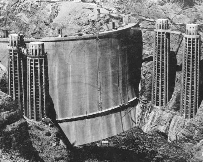 01 - The Hoover Dam before it was flooded