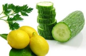 Mask for oily skin with cucumber and lemon
