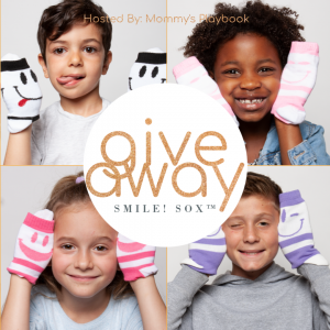 With @SMILESOX you can mix and match SOX by wearing two expressions at the same time! Get 15% OFF and FREE shipping ($25 or more) on the entire collection on SmileSox.com with discount code: smilesox15