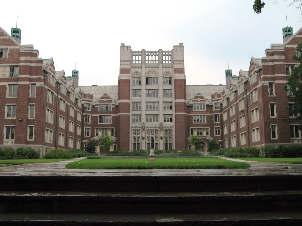 wellesley-college-small-college-book-lovers
