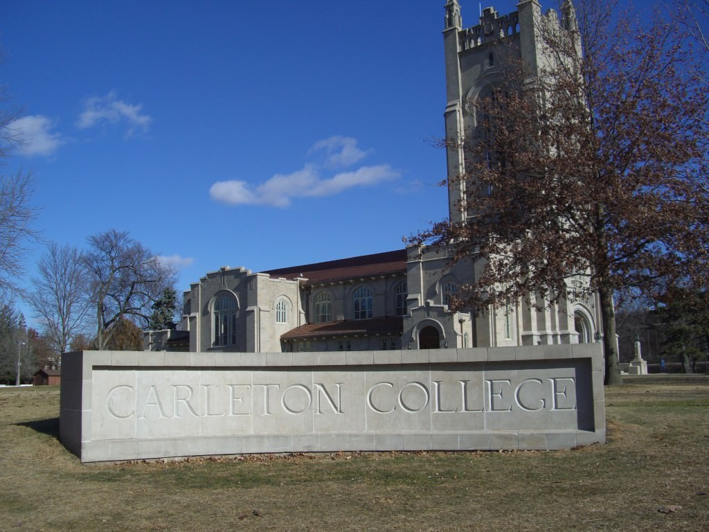 carleton-college-small-college-book-lovers
