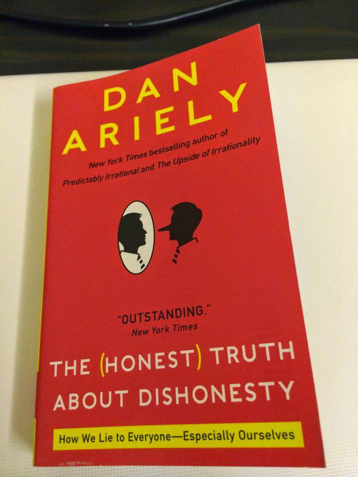 the honest truth about dishonesty-dan-ariely-books-about-sociology