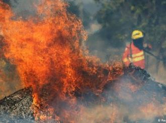 Amazon: Vojni avioni gase požare