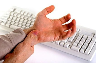 carpal%2Btunnel%2Bsyndrome%2Bkeyboard - S