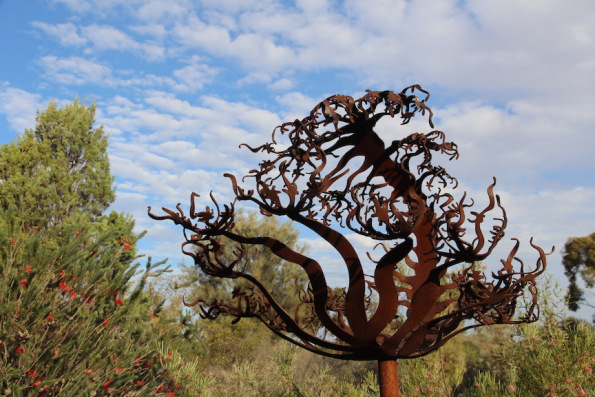 Sundew, sculpture by Warren Pickering, Port Augusta