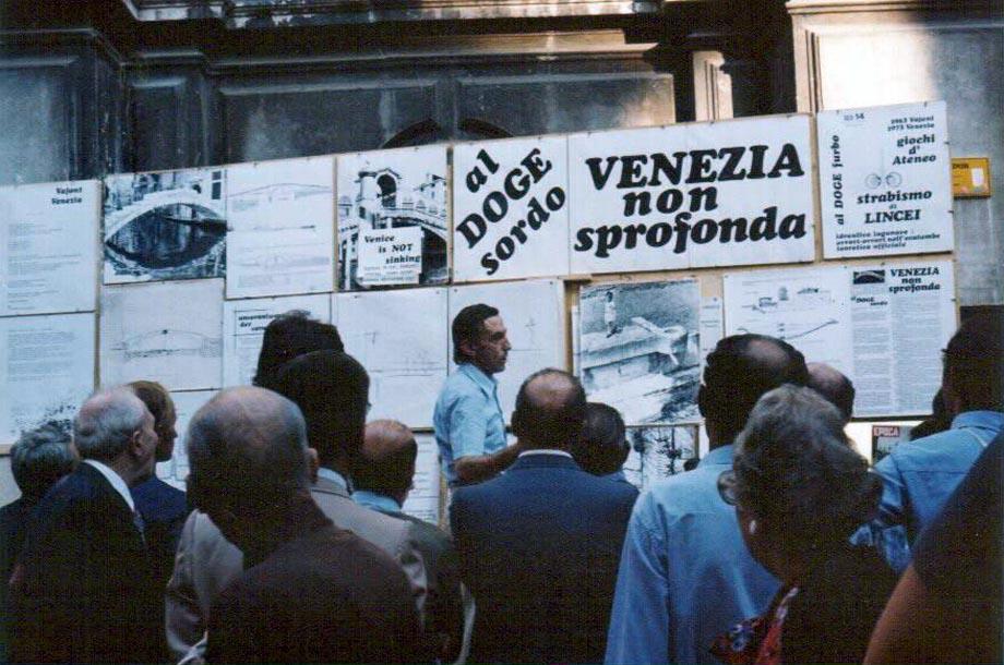 https://web.archive.org/web/20200107081011im_/http://www.veneziadoc.net/Graphic/Ottavio/San-Salvador.jpg