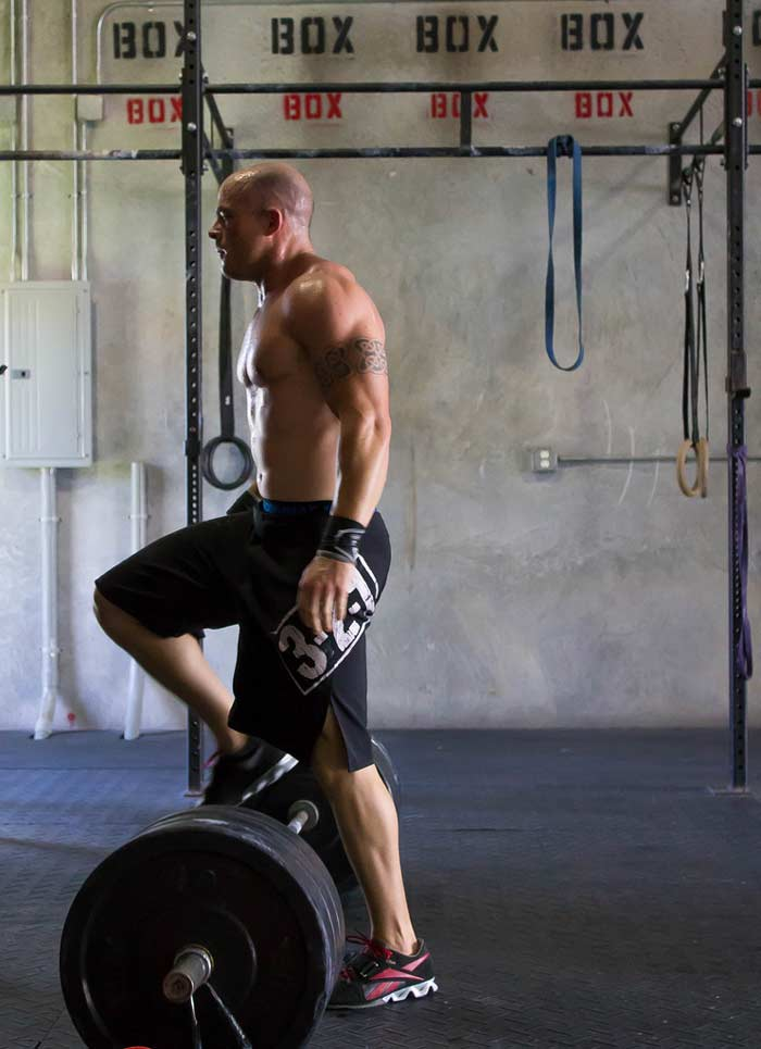 reset-at-the-barbell-for-dead-lifts