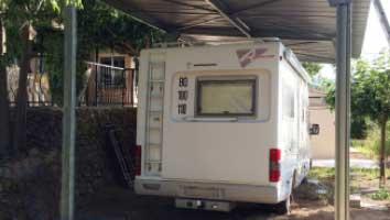 Exemple d'abri pour camping car