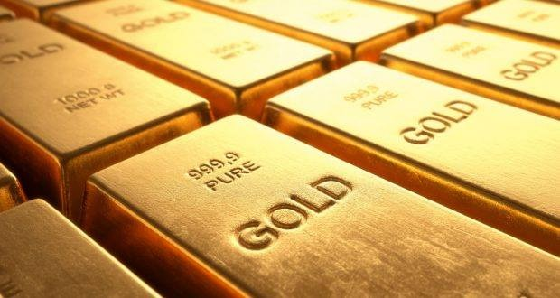 What is the difference between gold trading and currency trading?