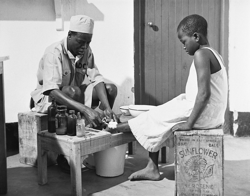 In many areas, lack of proper medical care and ancient midwife practices account for a high rate of infant mortality. WHO helped to establish health centres for mothers and young children. Through these centres, were also taught nurses, midwives and health visitors in maternal and child health work.  3,000 patients a month pass through the hands of Joash Odhalo and his helpers - the midwife, the health inspector, the woman health visitor, the nurse and the dressor. Very often too the team from this small clinic goes out into the countryside to tend patients and to hold open air classes.