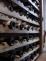 recommended temperature for storing wine